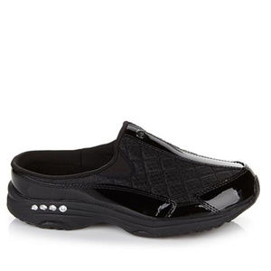 Easy Spirit Quilted Traveltime Athletic Clog